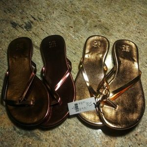 NY& CO. Gold and Bronze Thong Sandals